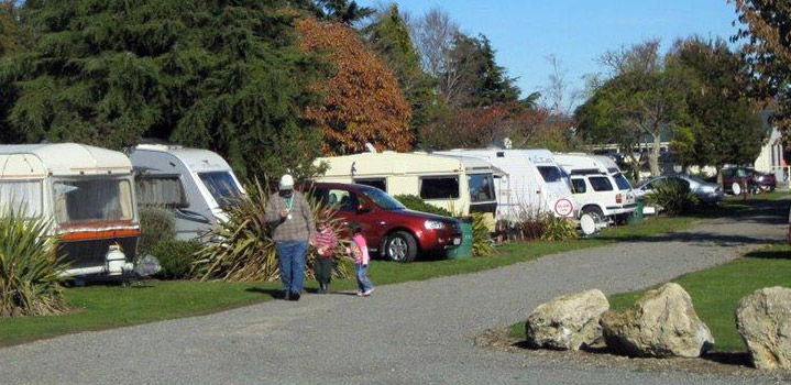Accommodation - Carterton Holiday Park